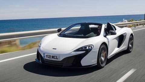 McLaren 650S Spider với các thông số cơ   bản: giá bán 215.250 bảng Anh, công suất cực đại 641bhp, mô men xoắn tối   đa 500lb ft, tăng tốc từ 0-62mph (96km/h) trong 3.0 giây, tốc độ tối đa   cho phép 204mph (328km/h), tiêu hao nhiên liệu 24,1mpg, xả khí thải   275g/km CO2.