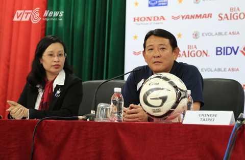 HLV Đài Loan thoải mái trước trận đấu với Việt Nam (Ảnh: Phạm Thành)