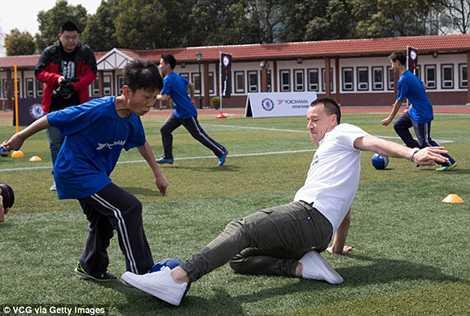 Thật khó để cậu học sinh này vượt qua được Terry
