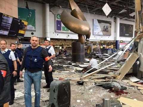 Hiện trường kinh hoàng vụ đánh bom đẫm máu