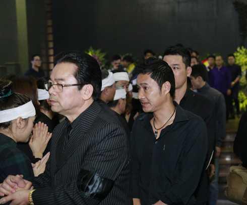 Cựu danh thủ bóng đá Hồng Sơn chia buồn cùng vợ con và gia đình nhạc sĩ, ca sĩ Trần Lập