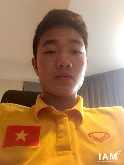Bức ảnh Xuân Trượng 'tự sướng' khi trở về khoác áo ĐT Việt Nam
