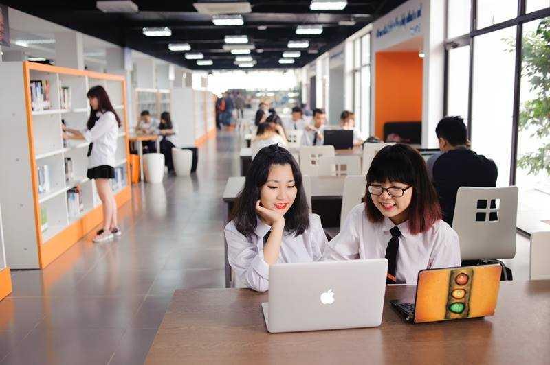 Học tại THPT FPT có cơ hội nhận học bổng 2 tỷ đồng.