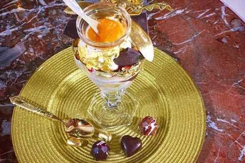 Loại kem Golden Opulence Sundae tại nhà hàng Serendipity 3 ở New York (Mỹ)