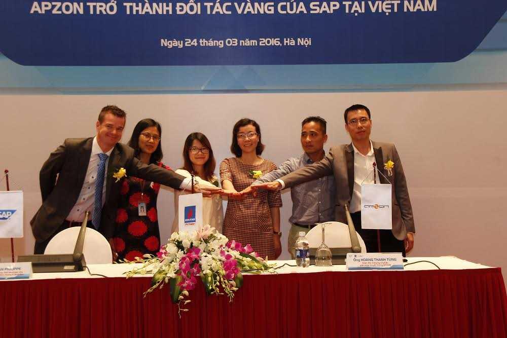 Các đại diện SAP - PV Power - Apzon chính thức khởi động dự án