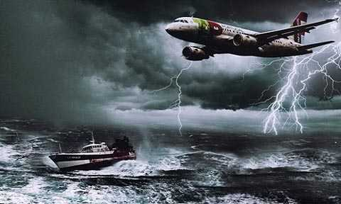 Những cơn bão trên biển có thể khiến tàu thuyền và máy bay gặp tai nạn tại khu vực Tam giác Bermuda. Ảnh: Moviepilot.