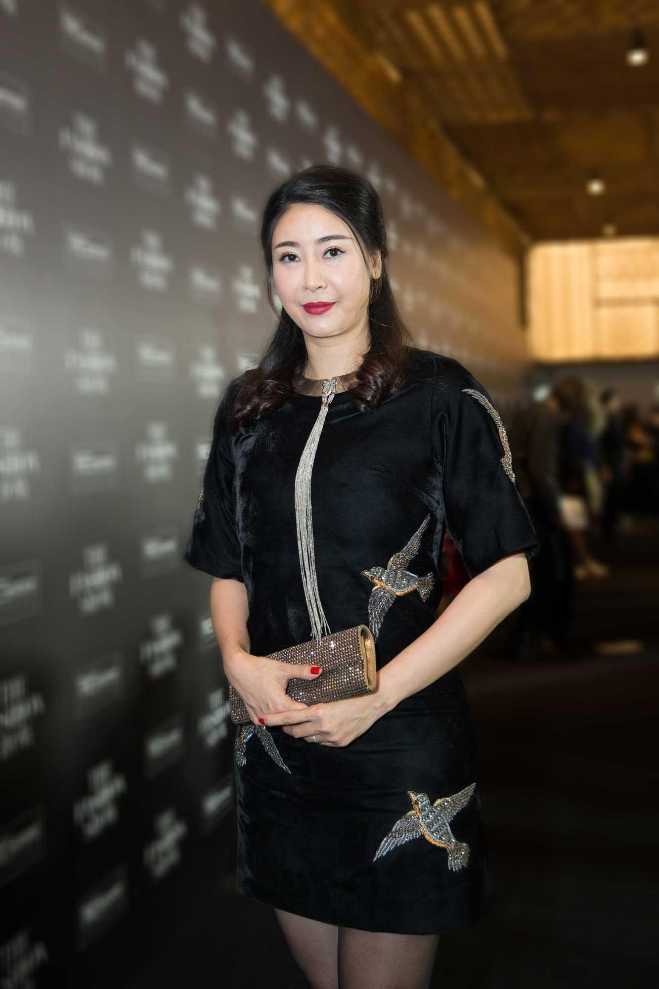 Hoa hậu Hà Kiều Anh không kiểm soát được cân nặng sau sinh.