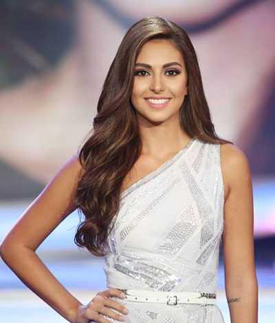 Hoa hậu Lebanon, Valerie Abou Chacra, được trao giải thưởng quan trọng