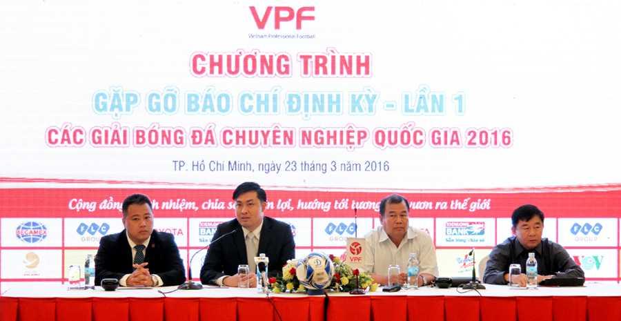 VFF, VPF siết chặt vấn đề phát ngôn về công tác trọng tài (ảnh: Hoàng Tùng)
