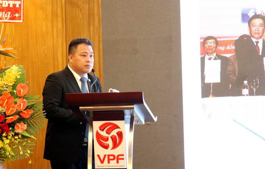 Trưởng ban tổ chức V-League chia sẻ về kế hoạch phòng chống doping, chất gây nghiện tại V-League 2016 (ảnh: Hoàng Tùng)