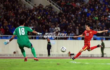 Văn Toàn là cầu thủ có sức nhanh ở tuyển Việt Nam (Ảnh: Phạm Thành)