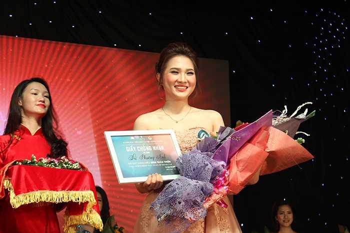Tài năng, xinh đẹp, cô bạn Vũ Phương Anh đã xuất sắc giành ngôi vị cao nhất của cuộc thi.