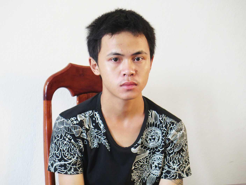 Đối tượng Nguyễn Công Vinh tại cơ quan công an.