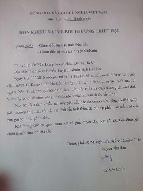 Đơn khiếu nại của gia đình Hà Vi để bồi thường thiệt hại - Ảnh:Thùy Trang