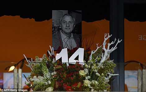 Bức ảnh Johan Cruyff được đặt ở một vị trí trang trọng trên khán đài
