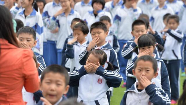 Những đứa trẻ Trung Quốc đang phải sống trong điều kiện không khí không trong sạch