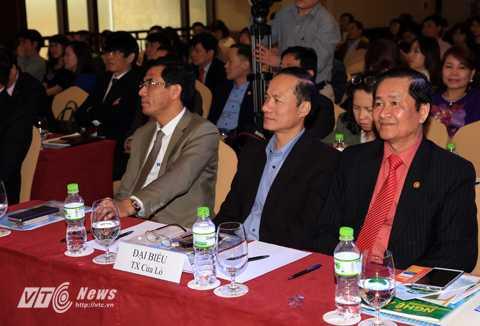 Đại biểu thị xã Cửa Lò tham dự buổi họp báo (Ảnh: Duy Thành)