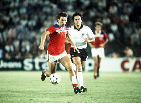 World Cup 1982 là lần hiếm hoi hai cặp đấu này kết thúc với tỉ số 0-0