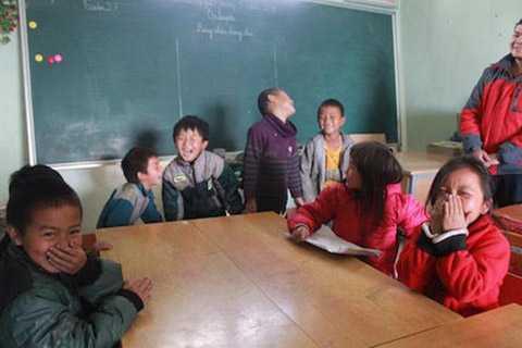 Trường Tiểu học bán trú La Pán Tẩn vẫn rộn tiếng cười của các em học sinh.