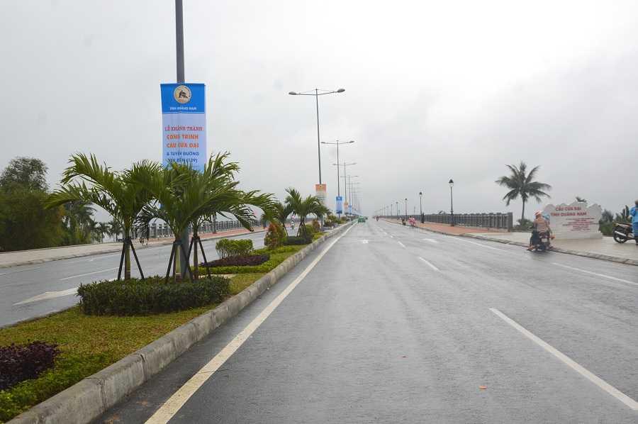 Ngoài ra, các dự án đường ven biển từ huyện Duy Xuyên đến thành phố Hội An có tổng chiều dài toàn tuyến là 24,5 km, mặt cắt ngang tuyến dài 38m, tổng kinh phí đầu tư 1.440 tỷ đồng.