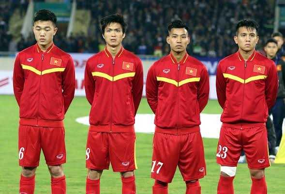 HLV Hữu Thắng tin dùng các cầu thủ trẻ HAGL (Ảnh: Quang Minh)