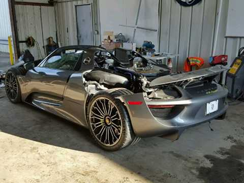 Nguyên nhân của vụ tai nạn khiến chiếc   918 Spyder này lâm vào tình trạng