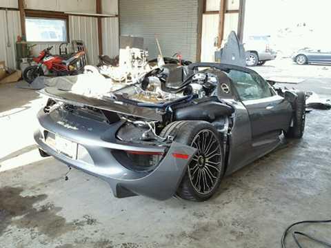 Xét tới việc một chiếc Porsche 918   Spyder mới có giá khởi điểm 845.000 USD (hiện đã bị ngừng sản xuất), và   những chiếc xe đã qua sử dụng nay đã được bán lại với giá vượt quá 1   triệu USD, nếu như động cơ và hộp số của chiếc xe tai nạn này vẫn còn   nguyên vẹn, người mua nó có thể phục chế lại như mới và