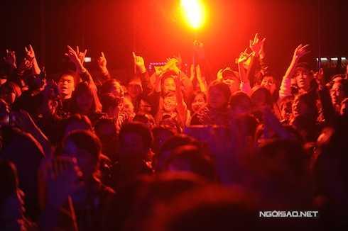 Với khán giả, dù Trần Lập không còn nữa nhưng những bài hát khích lệ tinh thần của anh vẫn sống mãi trong lòng họ.