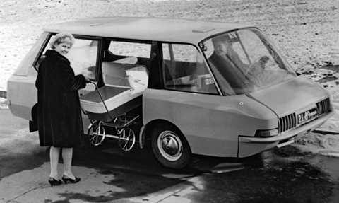 Mẫu taxi dựa trên chiếc Moskvich-408 đã hoàn thành thử nghiệm nhưng cuối cùng không được sản xuất hàng loạt