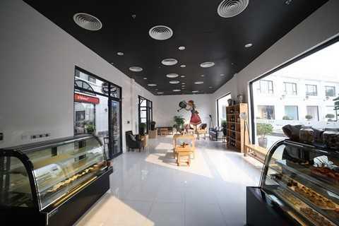 Không gian nhà hàng Topaz là nơi sẽ trưng bày Quả trứng lớn nhất Việt Nam