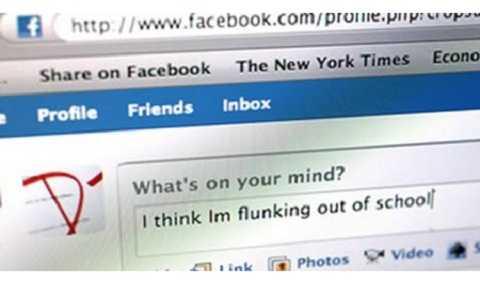 Những sinh viên nghiện Facebook có điểm trung bình thấp hơn rõ rệt so với những sinh viên không dùng trang mạng này.