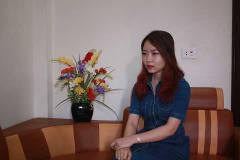 Chị Hoàng Thị Hồng Hạnh bức xúc