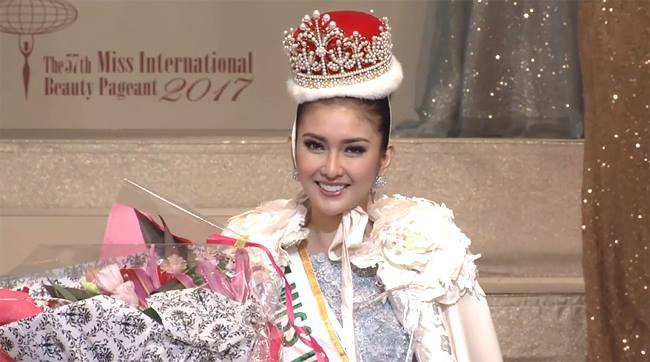 Ket qua Hoa hau Quoc te 2017: Nguoi dep Indonesia dang quang hinh anh 1