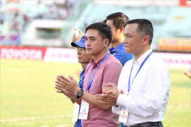 Chu tich Sai Gon FC: Trong tai dung tung cho pha bong Buu Ngoc triet ha Duy Long hinh anh 2