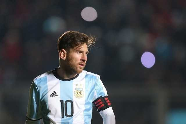 Messi tro lai khoac ao DT Argentina tai vong loai World Cup hinh anh 2