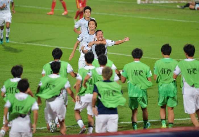 U19 Viet Nam chi biet choi kieu can pha hinh anh 2