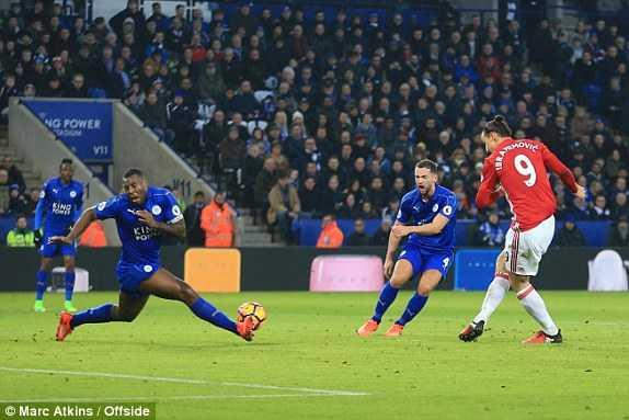 Mkhitaryan ruc sang, Man Utd vui dap Leicester City hinh anh 2