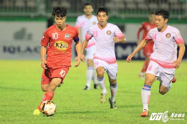 Hon 500 ngay tit ngoi tai V-League cua Cong Phuong hinh anh 1