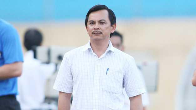 Chu tich CLB Long An: 'Ban huan luyen khong yeu cau cau thu bo cuoc' hinh anh 1