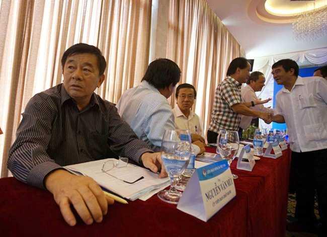 Bau Duc da muon 'phe truat' truong ban Nguyen Van Mui the nao? hinh anh 2
