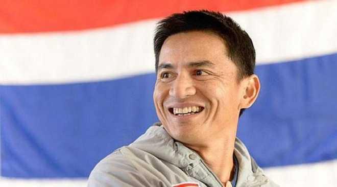 Kiatisak quyet tuong lai, khong sang Viet Nam lam thay Cong Phuong hinh anh 1
