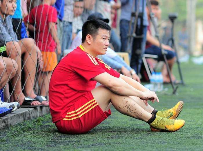 Van Quyen khan goi ra Ha Noi, chuan bi tro lai V-League hinh anh 1