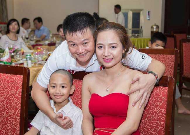 Van Quyen khan goi ra Ha Noi, chuan bi tro lai V-League hinh anh 2
