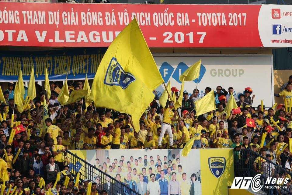 FLC Thanh Hoa bat bai: Dau an ong thay vo dich Champions League hinh anh 3