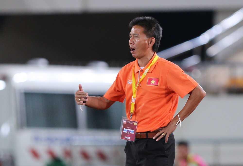 Tinh trang U20 Viet Nam the nay, HLV Hoang Anh Tuan sao ngoi yen duoc? hinh anh 2