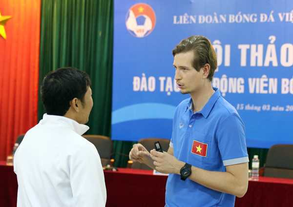 U20 Viet Nam se duoc bac sy cham soc dac biet hinh anh 2