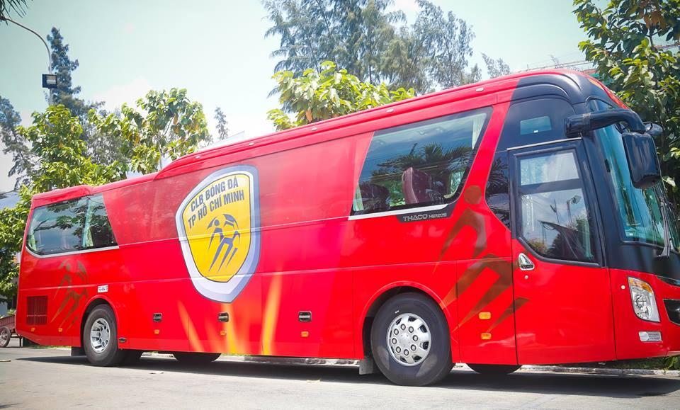 Chuyen la V-League: Cong Vinh chi tien ty mua xe khung cho CLB TP.HCM hinh anh 1