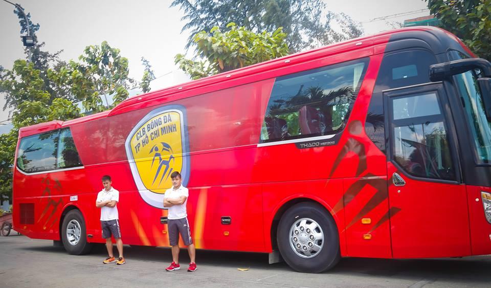 Chuyen la V-League: Cong Vinh chi tien ty mua xe khung cho CLB TP.HCM hinh anh 3