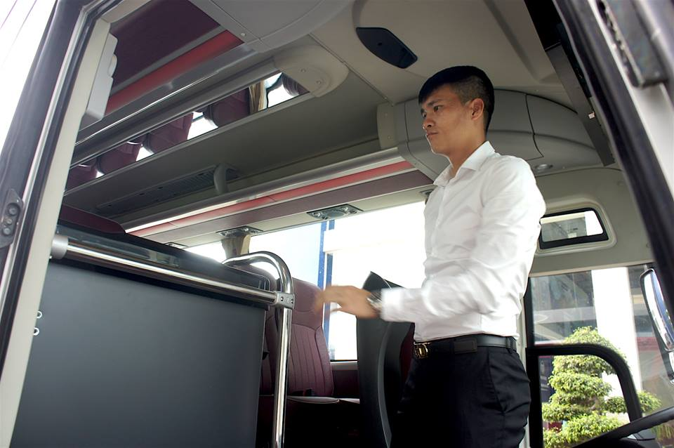 Chuyen la V-League: Cong Vinh chi tien ty mua xe khung cho CLB TP.HCM hinh anh 5