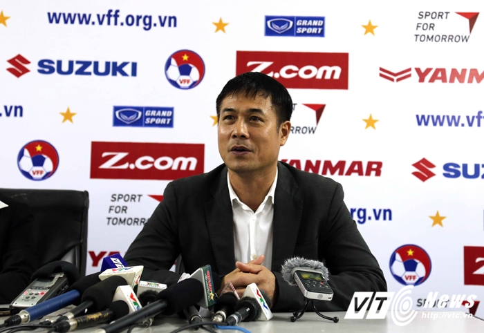 Huu Thang mat tay, Cong Phuong tung bung ghi sieu pham hinh anh 2